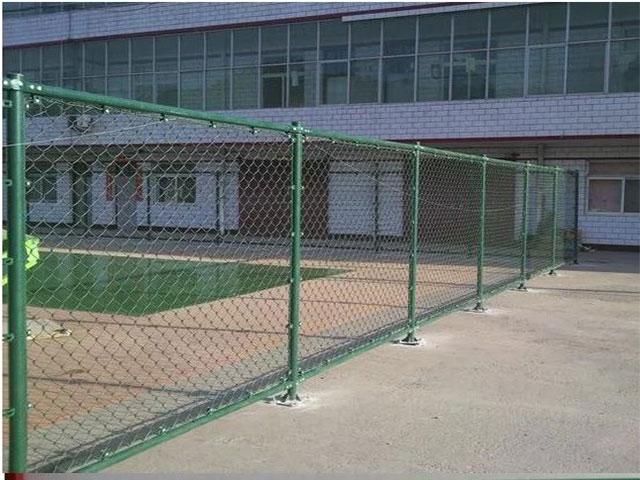 学校<a href=http://www.15333387050.com target=_blank class=infotextkey>护栏网</a>