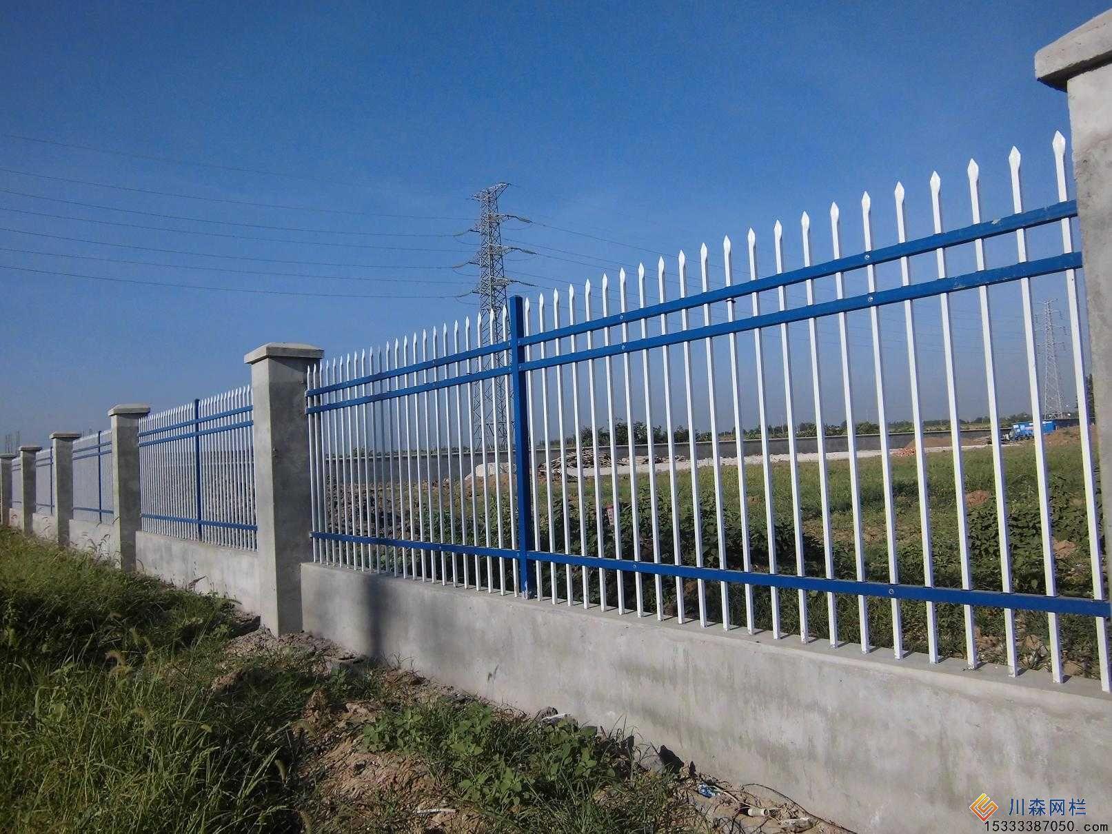 新钢护栏的价格       锌钢栅栏是一种组装十分灵活的产品,也被称为图片