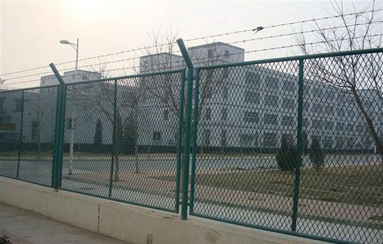 城市道路隔离护栏安装方案