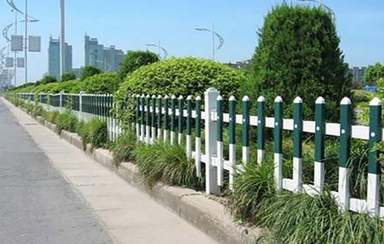 围栏网安装在交通设施中的重要地位