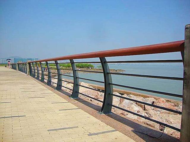 桥梁护栏网多少钱一米